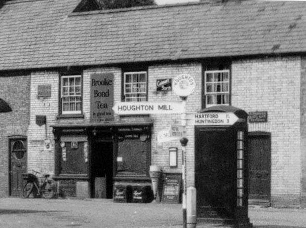 13.1950 Shop.jpg